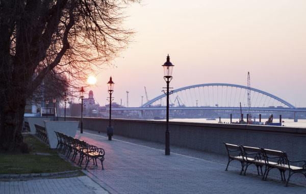 Sonnenaufgang in Bratislava